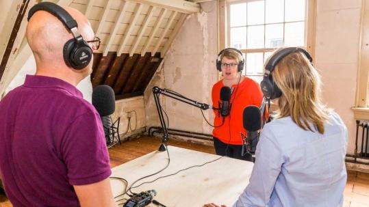 Suzan te Brake wordt geïnterviewd voor de UMF podcast